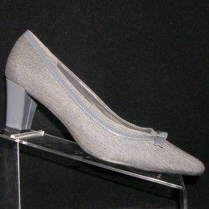 Naturalizer gray fabric textile patent bow heel 8W